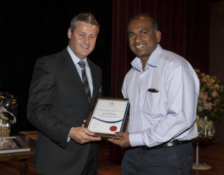 2012 : Dr Prasad Fonseka is presented with a Certificate of Anaesthetics by past Board President, Graeme Foster